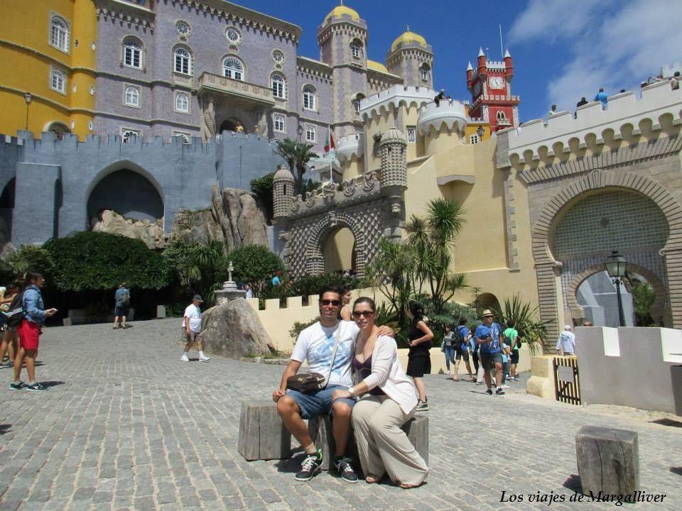 Nosotros en el Palacio da Pena de Sintra - Los viajes de Margalliver